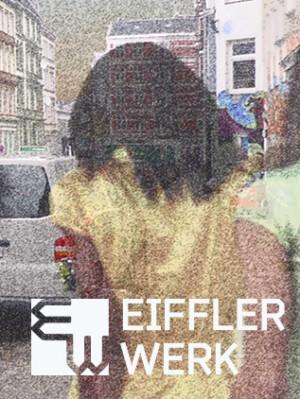 EIFFLER WERK; Themen-Immobilie in St. Pauli, Hamburg; Log auf gerastereten Passantinnen-Bild